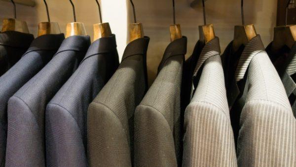 スーツのスタイル選び