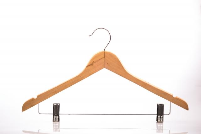 木製のハンガー