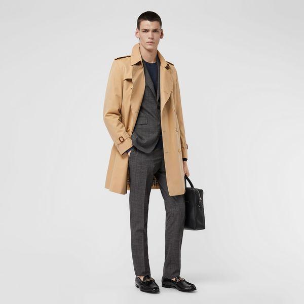 スーツに合わせるコートが悩ましいというビジネスマンは多いはず!